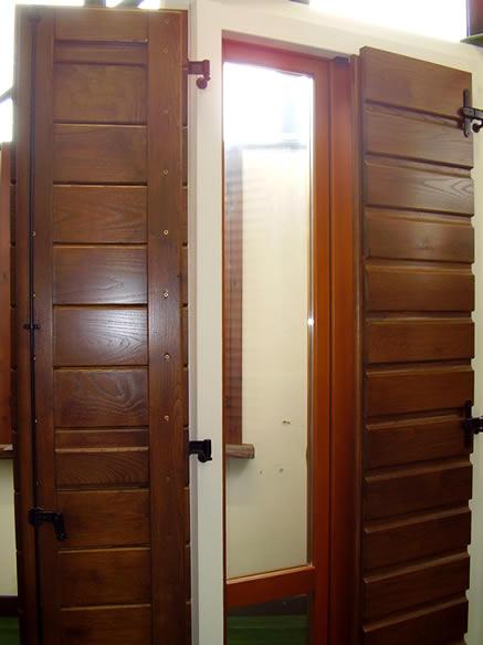 Tenere al caldo in casa sostituzione serramenti iva for Capienza irpef per detrazioni